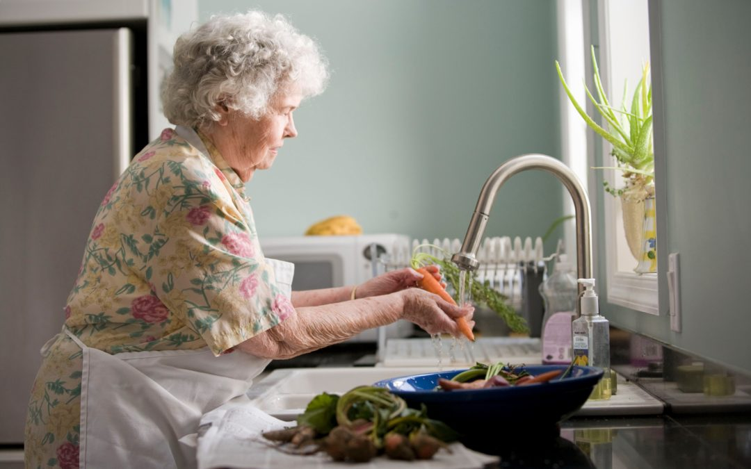 Guide to Decluttering and Downsizing for Seniors